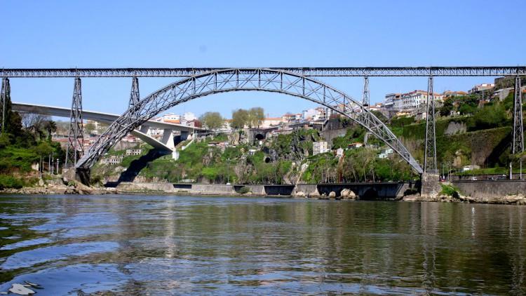 Ponte Dona Maria Pia