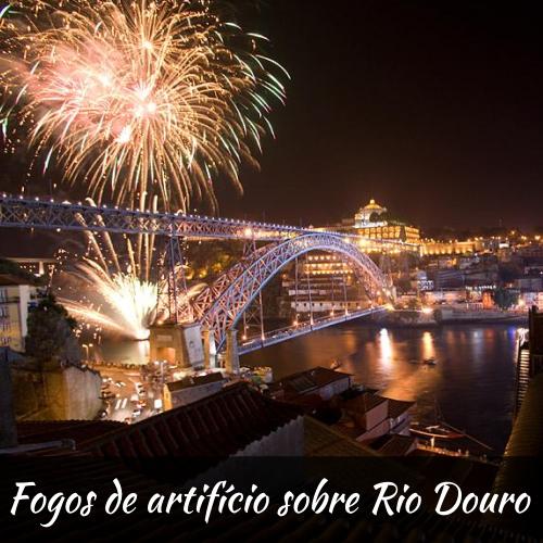 Fogos de Artifício sobre o rio Douro